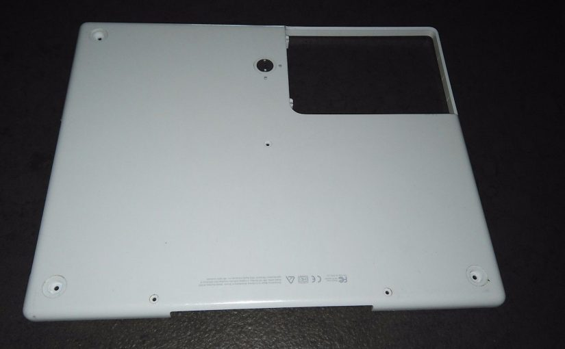 Apple Ibook G4 A1055 Cover Bottom Case Base Chasis Scocca Posteriore 815-7591