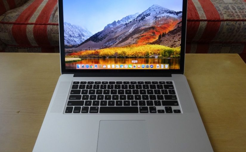 Apple MacBook Pro 15.4″ Laptop Retina Display. 2.6 GHz. 8GB Memory. 512GB SSD.